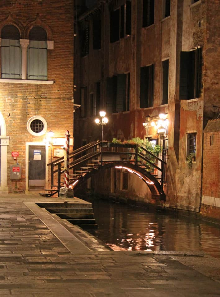 Deserted streets made for a wonderful first impression of La Serenissima.