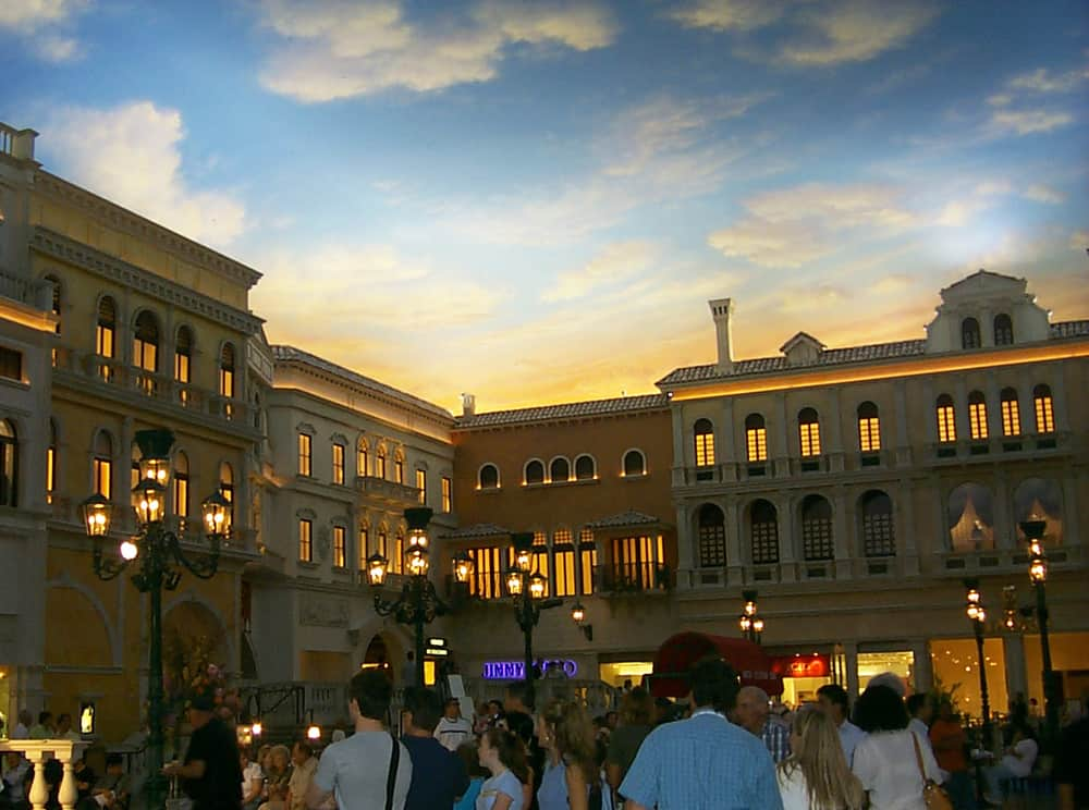 You won't believe you're INSIDE at the Venetian's piazza.