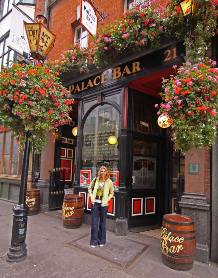 Palace Bar, one of Dublin's oldest pubs