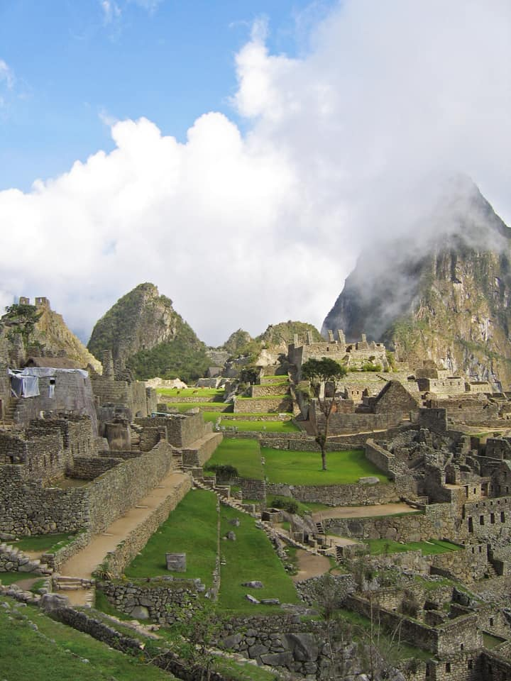 Peru Machu Picchu morning mist
