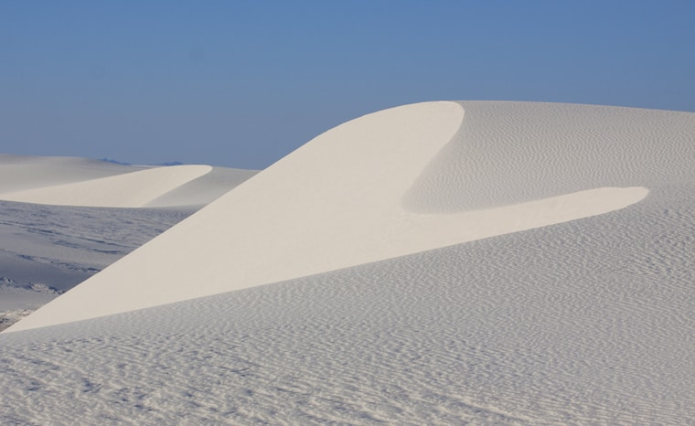 graphic sand dunes White Sands National Monument New Mexico