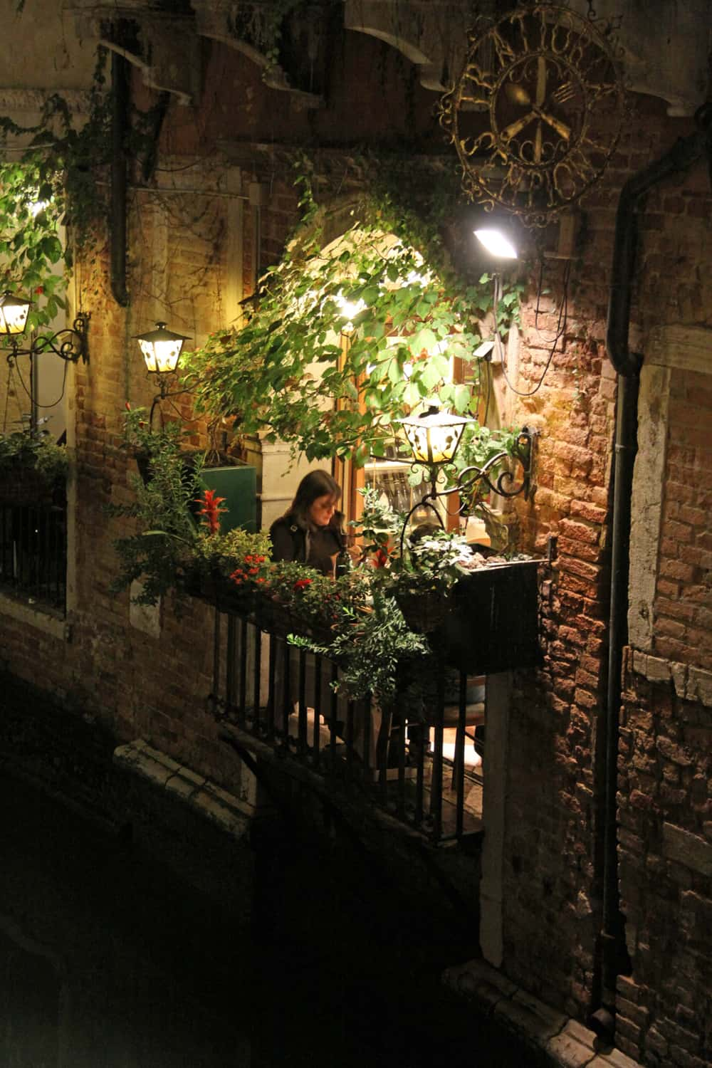 Venice cafe at night