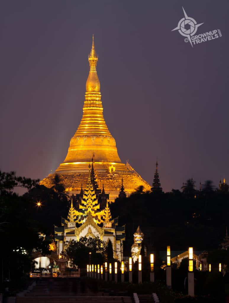 Shwedagon night