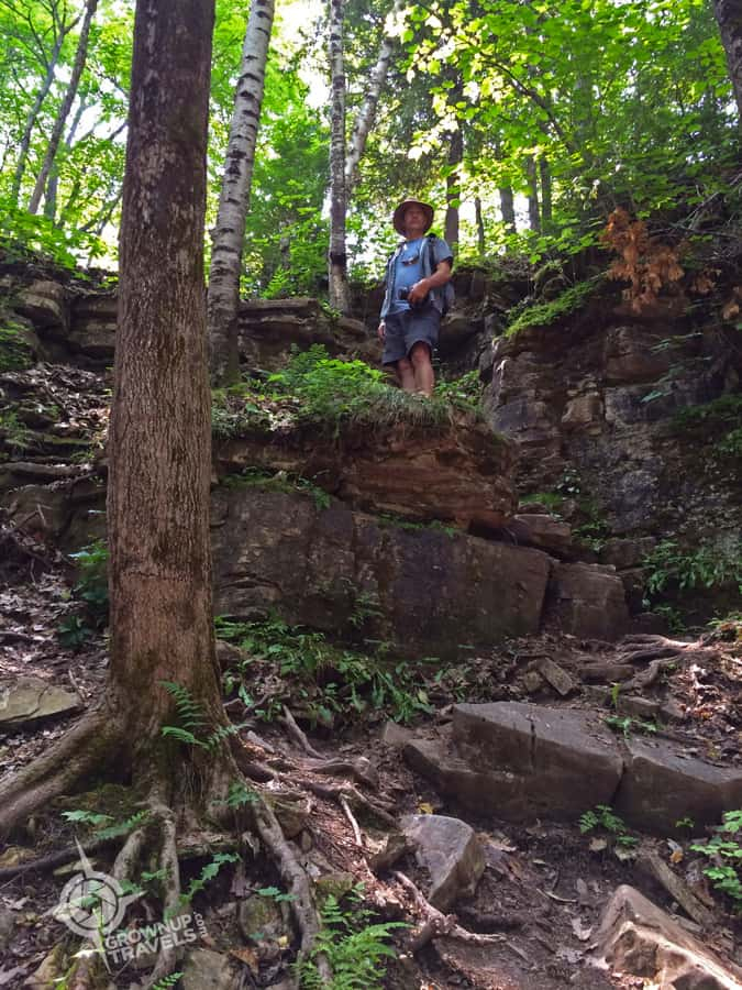 Henk hiking Cup & Saucer Trail