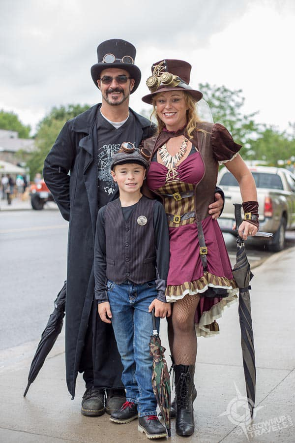The whole family gets into Steampunk!