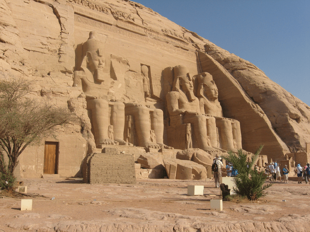 The transplanted temples of Abu Simbel actually are 'inserted' into a giant concrete dome made to look like a cliff face.