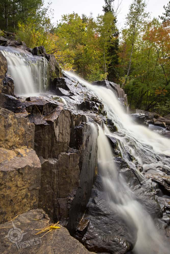 Near the highway, Duchesnay Falls tumbles 8 metres in a rocky cascade.