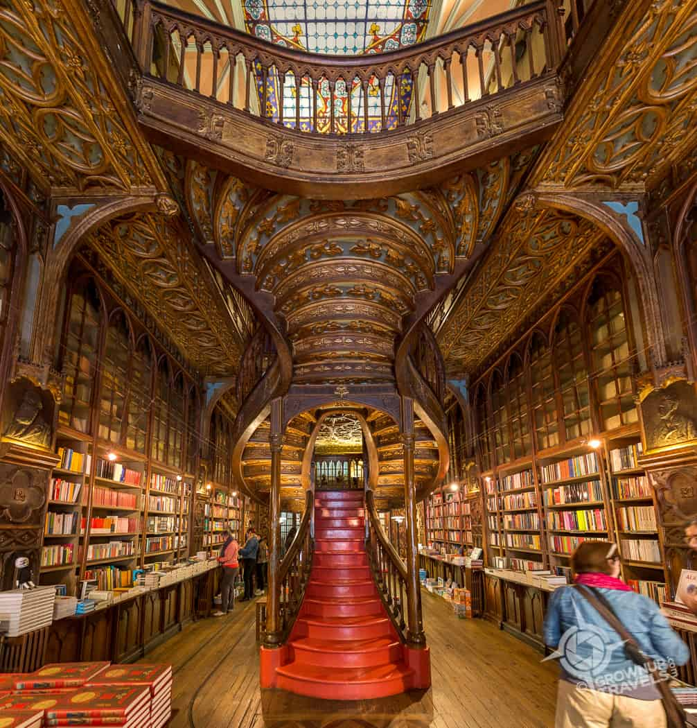 Lello bookstore square
