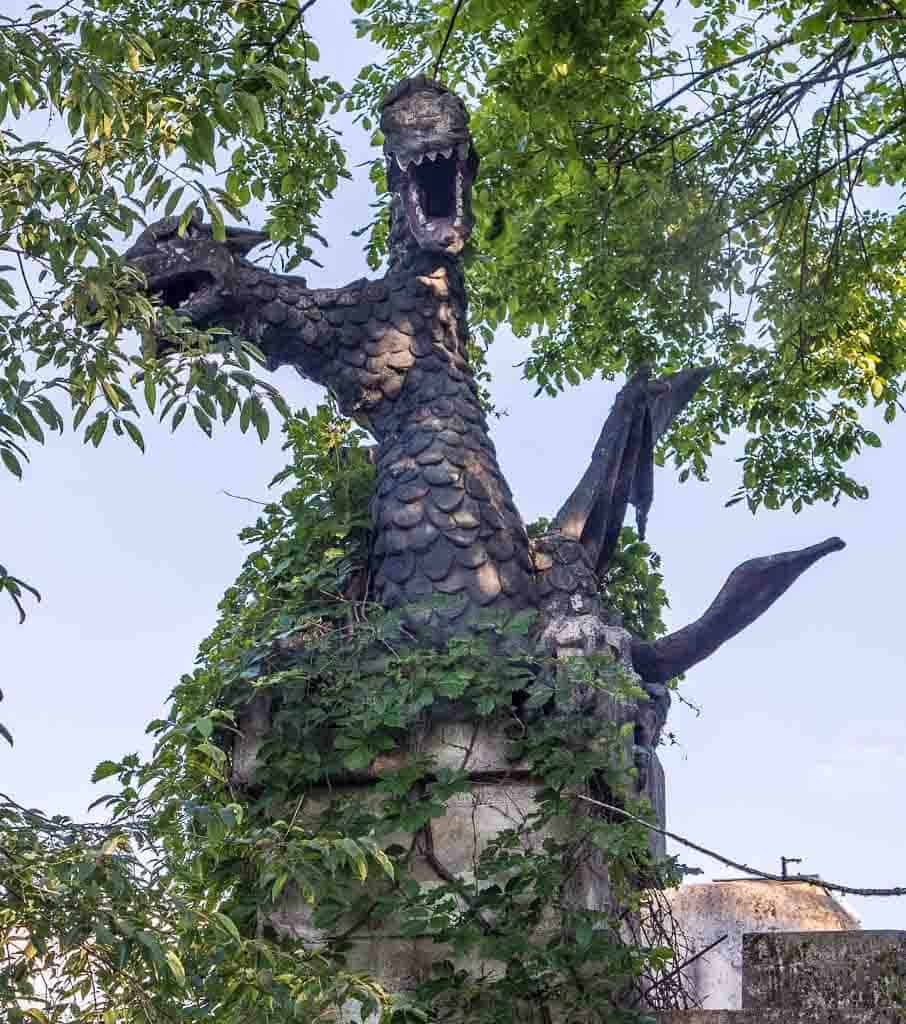 Midlothian Castle Dragon chimney closeup