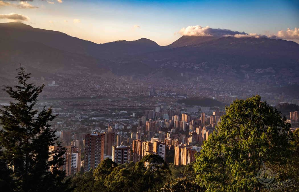 Where to Get the Best Views of Medellin (Day and Night)