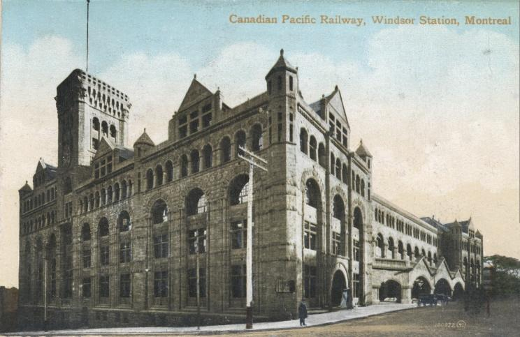 Windsor_Station_postcard