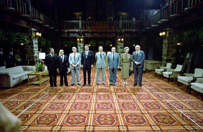 G7_Economic_Summit_leaders_at_the_Chateau_Montebello