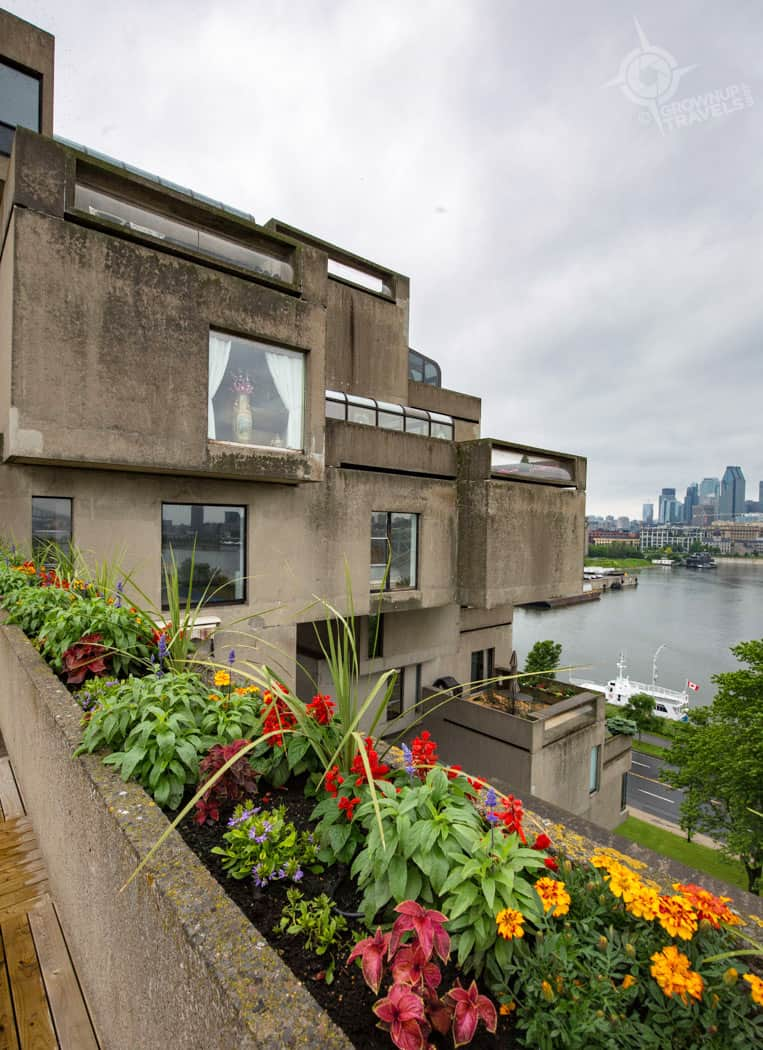 Habitat 67 Cantilevered terraces