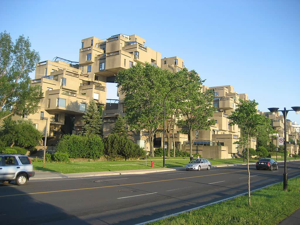 A tour of moshe safdie 39 s habitat 67 in montreal for Best apartment architecture