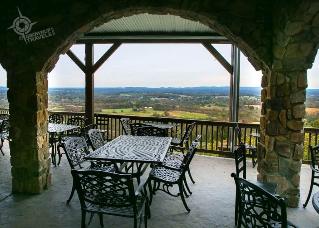 Loudon County Bluemont Vineyard deck