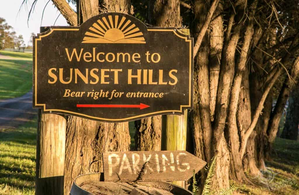 Loudon County Sunset Hills Winery sign