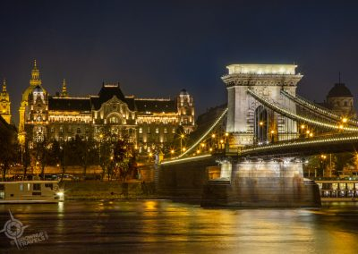 Budapest Greshem Palace and Chain Bridge night