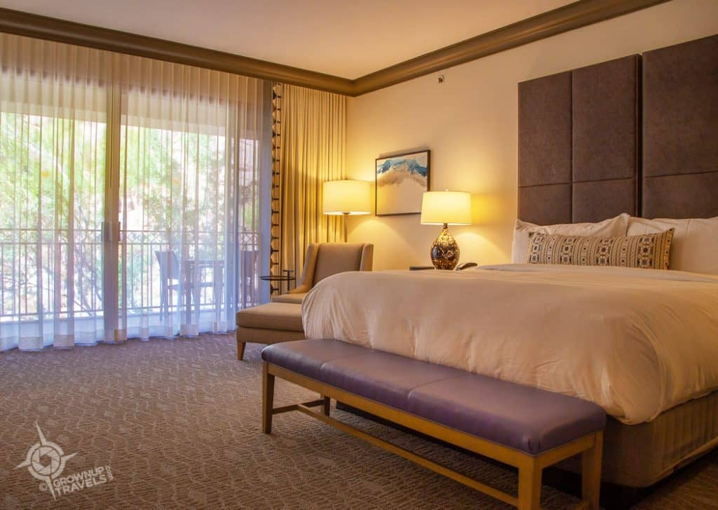 Phoenician King Room
