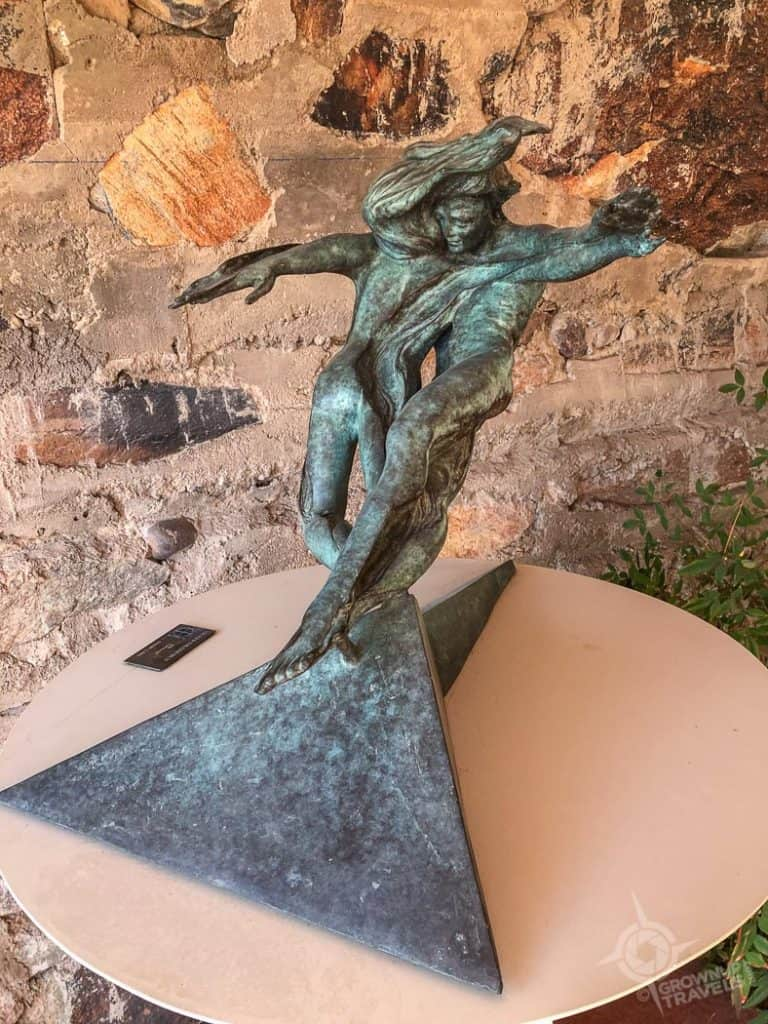 Taliesin West Heloise Cristo sculpture higher frequency 1988