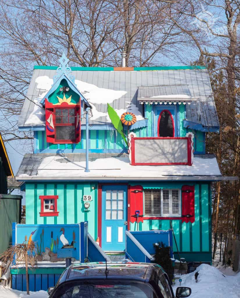 Grimsby Turquoise House